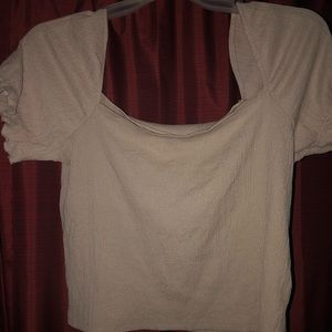 Puffy sleeved blouse